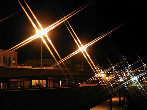 例えばクロスフィルターだと、光がX形になったりします